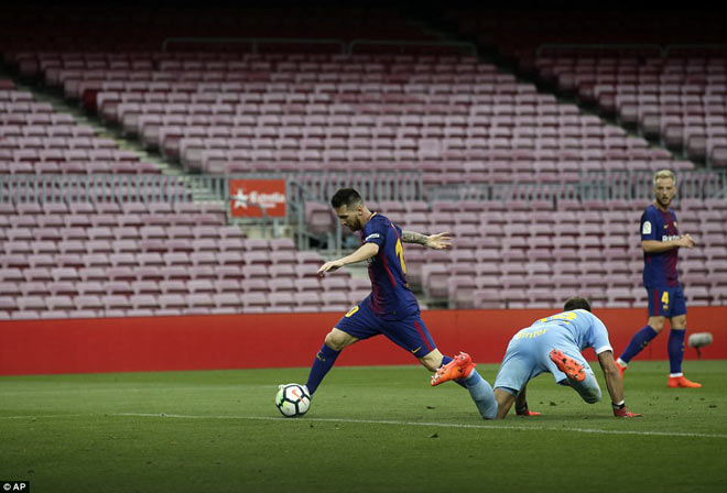 """Messi ghi bàn như máy, diễn tuyệt kĩ Rô """"béo"""" tô thêm vẻ đẹp - 4"""