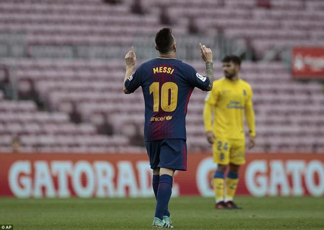 """Messi ghi bàn như máy, diễn tuyệt kĩ Rô """"béo"""" tô thêm vẻ đẹp - 1"""