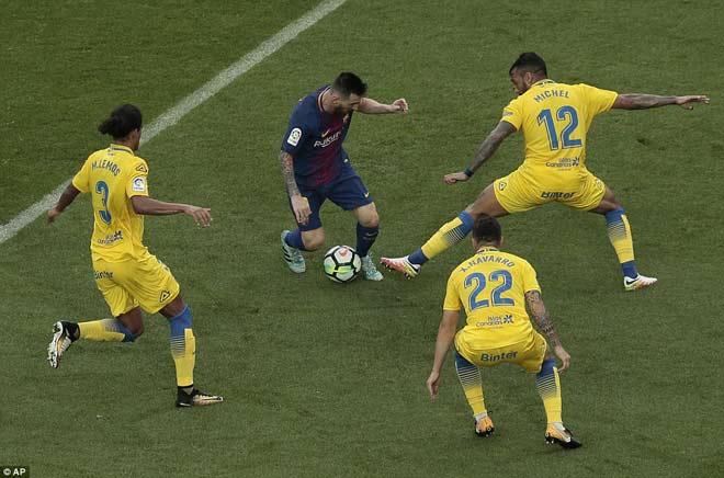 """Messi ghi bàn như máy, diễn tuyệt kĩ Rô """"béo"""" tô thêm vẻ đẹp - 7"""