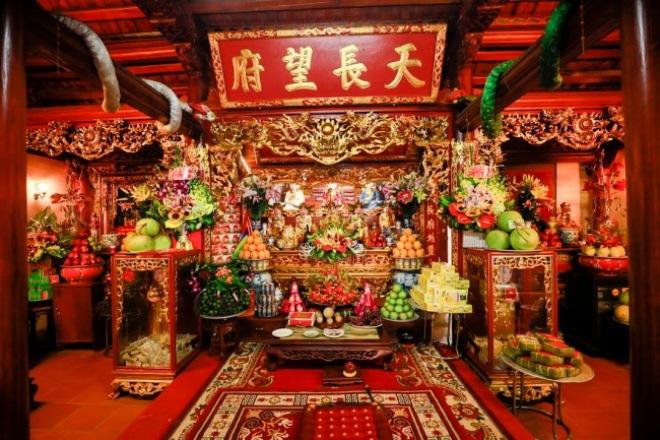 Bộ sưu tập đồ cổ trong phủ thờ Tổ rộng 1.000m2 của diễn viên hài Vượng râu - 3