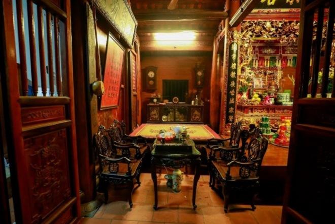 Bộ sưu tập đồ cổ trong phủ thờ Tổ rộng 1.000m2 của diễn viên hài Vượng râu - 7