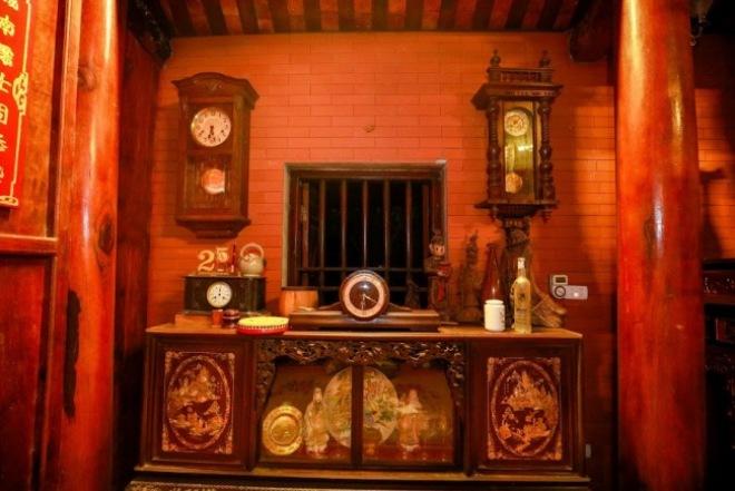 Bộ sưu tập đồ cổ trong phủ thờ Tổ rộng 1.000m2 của diễn viên hài Vượng râu - 12