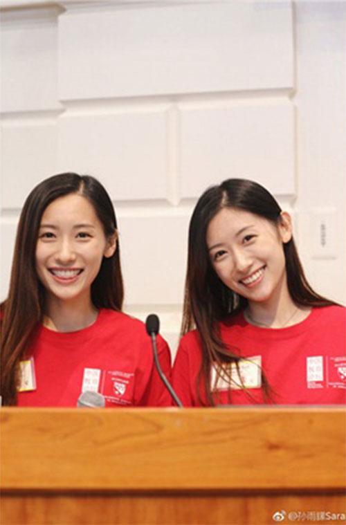 """Cặp song sinh """"con người ta"""": Xinh đẹp, nóng bỏng, tốt nghiệp ĐH Harvard - 4"""