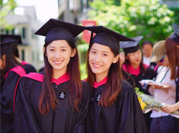 """Cặp song sinh """"con người ta"""": Xinh đẹp, nóng bỏng, tốt nghiệp ĐH Harvard - 2"""