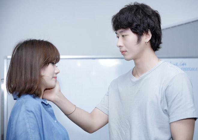 Mặc scandal của chồng, Hari Won vẫn tươi hết cỡ khi đóng phim - 4