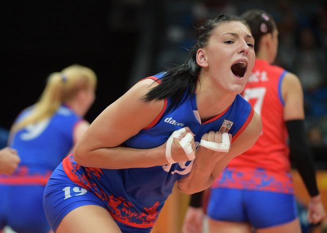 """Bóng chuyền: """"Kiều nữ"""" 1m93 giúp Serbia vượt Nga - Đức, bá chủ châu Âu - 3"""