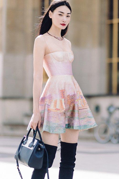 """Sau khi nhận cát xê khủng, Thùy Trang tiếp tục """"công phá"""" Vogue và L' officiel - 2"""