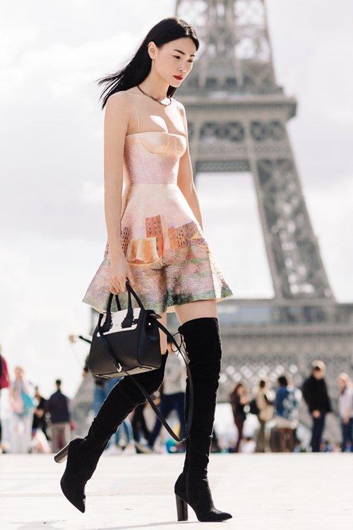 """Sau khi nhận cát xê khủng, Thùy Trang tiếp tục """"công phá"""" Vogue và L' officiel - 1"""