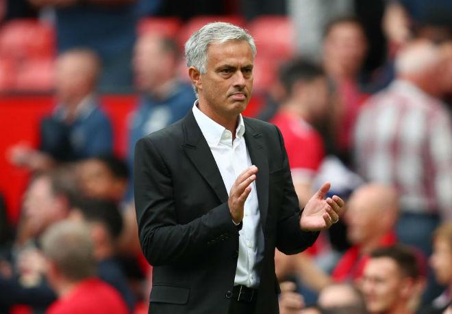 Man City mơ vô địch: Guardiola thiên tài, Mourinho và Conte run rẩy - 3