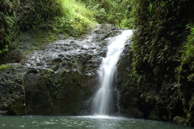 Thác Maunawili, Oahu, Hawaii, Mỹ.
