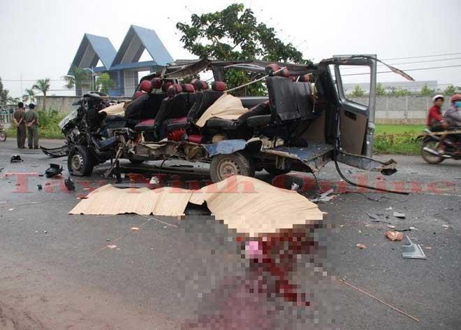 Nóng 24h qua: Hé lộ nguyên nhân vụ tai nạn 6 người chết ở Tây Ninh - 1
