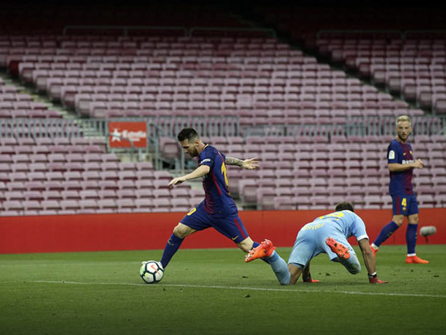 """Bàn thắng đẹp vòng 7 Liga: Messi diễn tuyệt kỹ Rô """"béo"""", thủ môn hóa chú hề"""