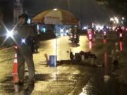 Tin tức trong ngày - Bà bầu, bé trai 8 tuổi tử vong trên đường trong đêm mưa