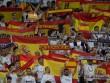 """Catalunya đòi độc lập: Triệu fan Real """"khủng bố"""", Barca-Messi """"vô gia cư"""""""