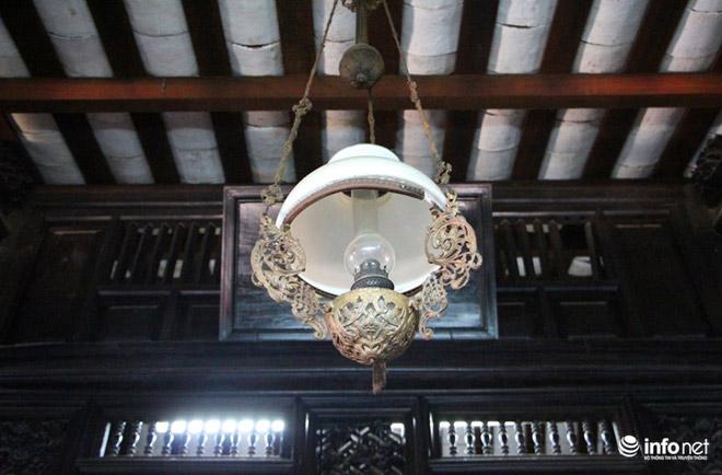 Cận cảnh nhà cổ toàn bằng gỗ quý, nguyên vẹn sau 127 năm - 9