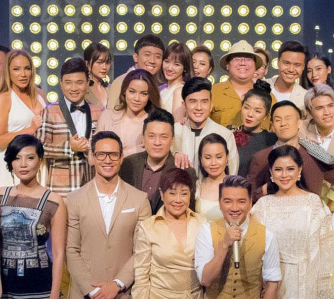 Mặc tin đồn yêu Đào Bá Lộc, Trấn Thành vẫn vui vẻ cùng vợ dự sinh nhật Mr. Đàm - 3