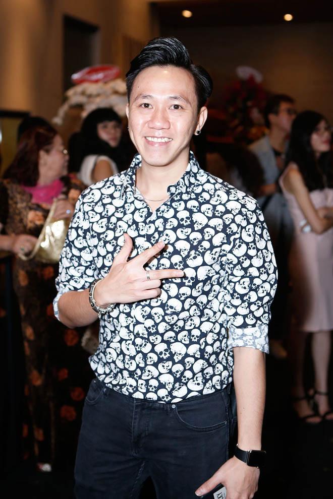Mặc tin đồn yêu Đào Bá Lộc, Trấn Thành vẫn vui vẻ cùng vợ dự sinh nhật Mr. Đàm - 7