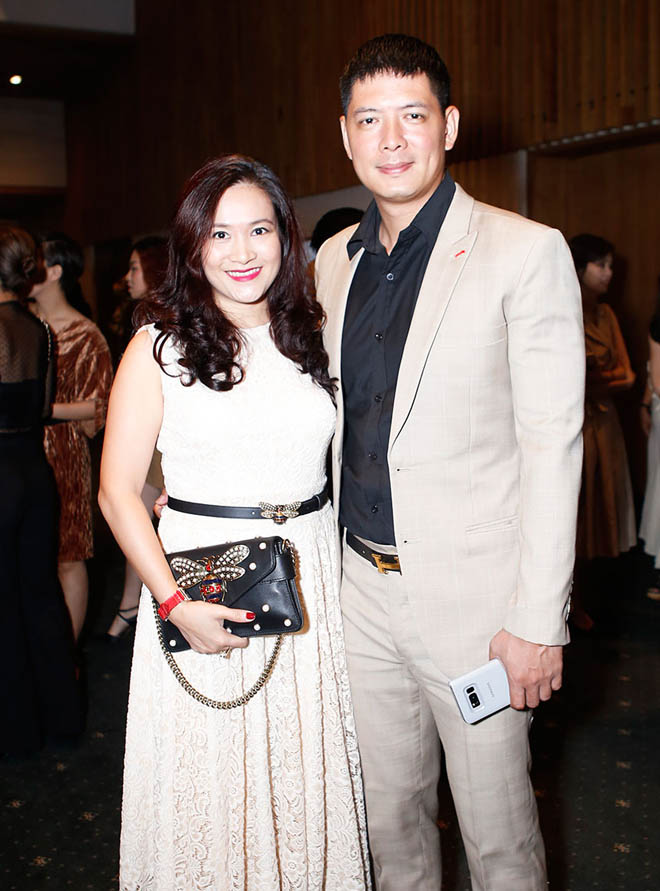 Mặc tin đồn yêu Đào Bá Lộc, Trấn Thành vẫn vui vẻ cùng vợ dự sinh nhật Mr. Đàm - 10