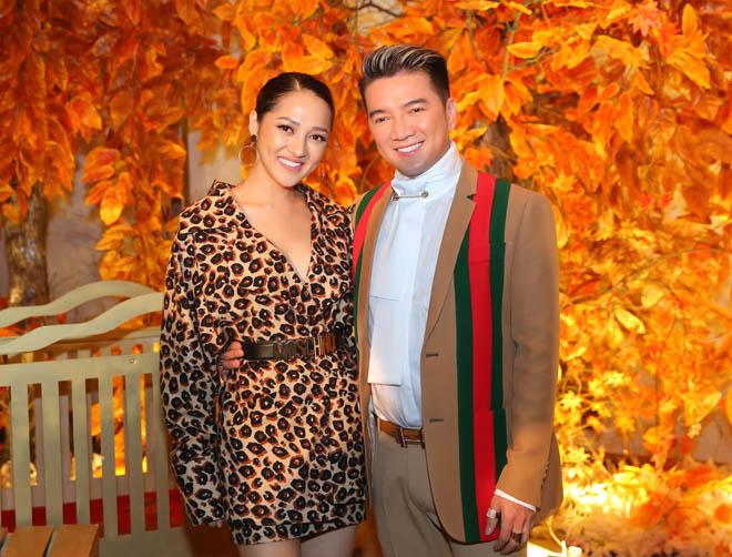 Mặc tin đồn yêu Đào Bá Lộc, Trấn Thành vẫn vui vẻ cùng vợ dự sinh nhật Mr. Đàm - 12