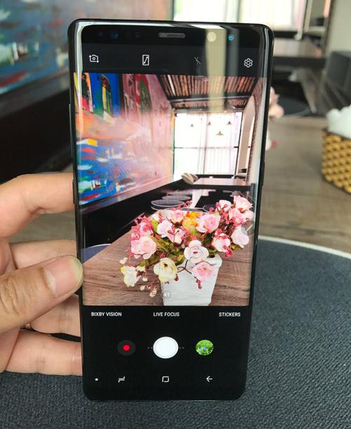 """Đánh giá camera sau Samsung Galaxy Note 8: Chụp """"ngon"""", xóa phông đỉnh - 2"""