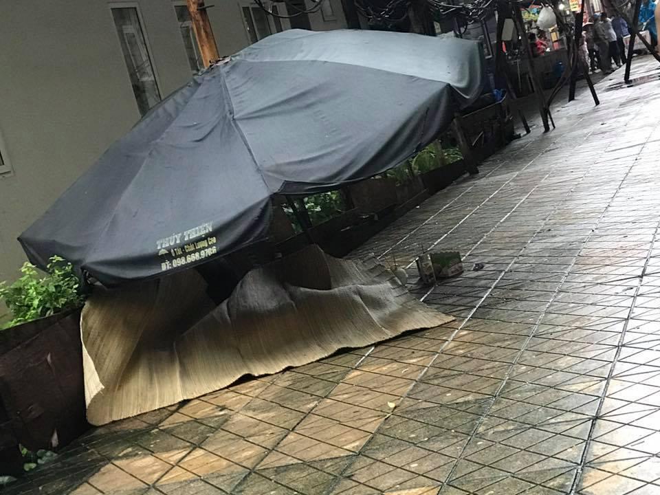 Hà Nội: Người phụ nữ rơi từ tầng 20 chung cư xuống đất - 1
