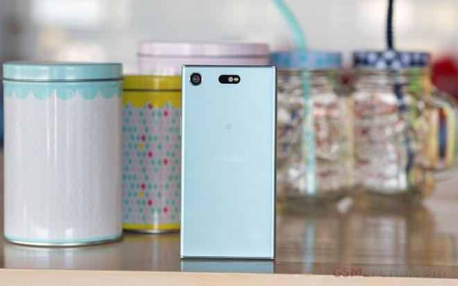 """Đánh giá chi tiết Sony Xperia XZ1 Compact: Bé """"hạt tiêu"""" - 10"""