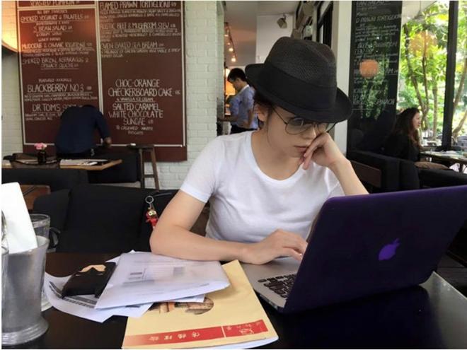 Từ Nhược Tuyên: Mỹ nữ phim 18+ làm mọi việc giúp chồng trả nợ - 1