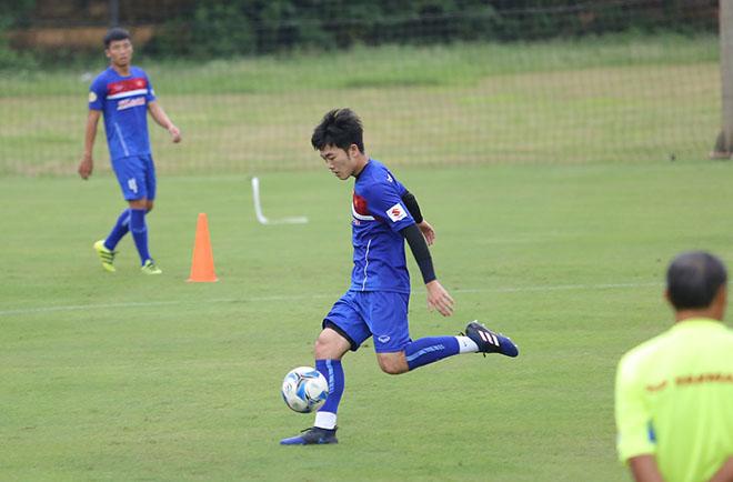 Xuân Trường nức nở khen cầu thủ kỹ thuật tốt nhất tuyển Việt Nam - 12