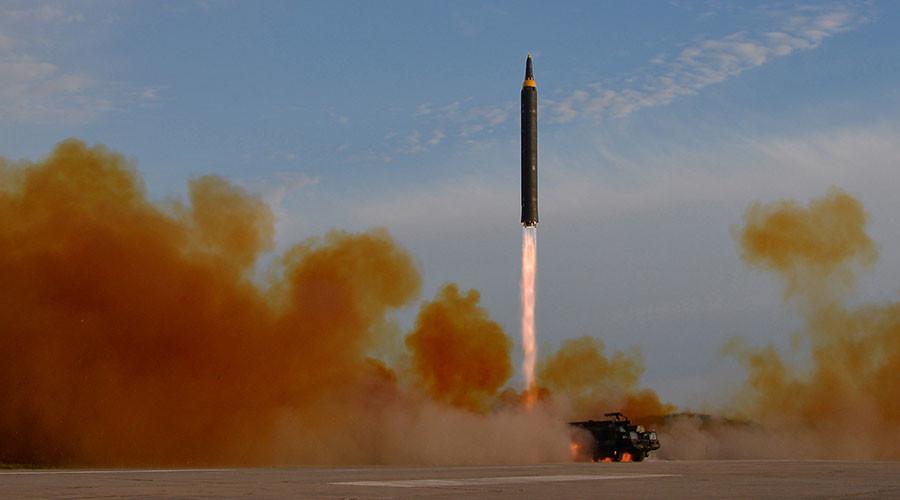 """Triều Tiên dọa ném """"mây hạt nhân"""" sang Nhật Bản - 1"""