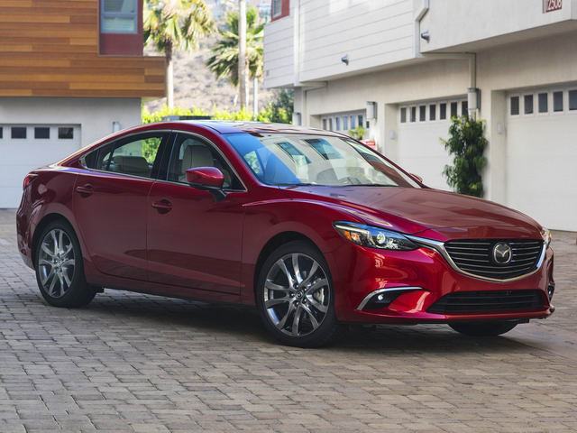 Mazda6 2017.5: Bản nâng cấp vội vã, giá từ 500 triệu đồng - 1