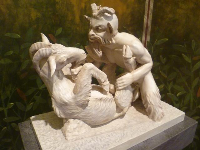 """Ngượng """"chín mặt"""" khám phá những bảo tàng tình dục nổi tiếng thế giới - 6"""
