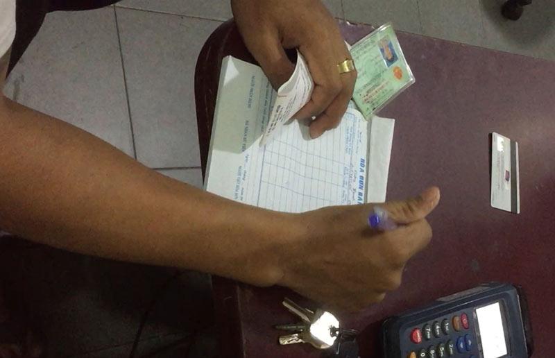 """Quẹt thẻ tín dụng chui - người dùng """"giao trứng cho ác"""" - 1"""
