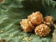 Bánh rán cốm giòn rụm, thơm lừng góc phố mùa thu
