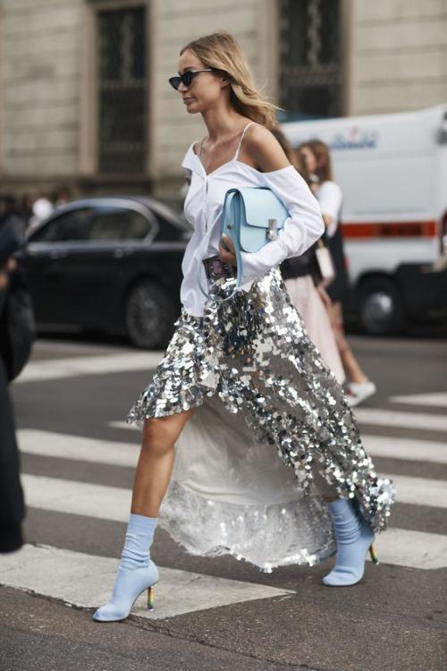 9 cách diện váy dài đẹp ngất ngây cho mùa thu - 7