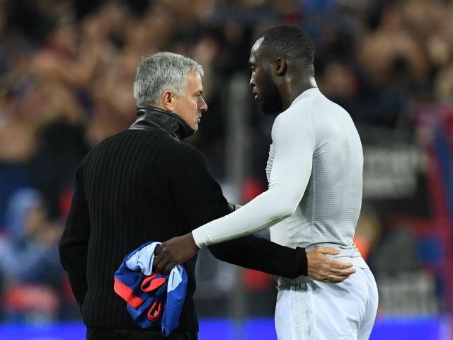 """Lukaku chấn thương tuyển Bỉ vẫn dùng, MU - Mourinho lo """"tàn tật"""""""