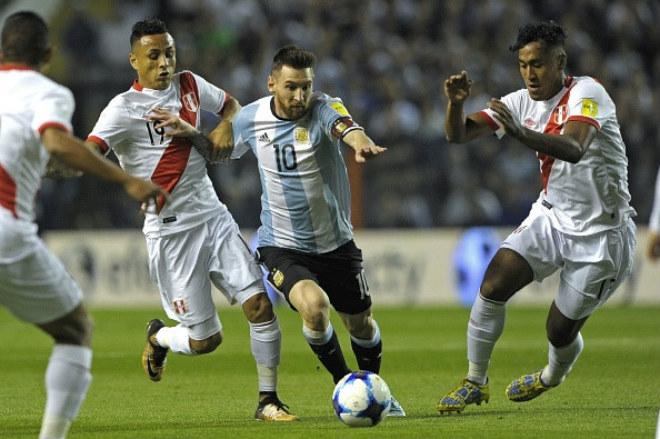 """Argentina – Messi dễ lỡ World Cup: """"Bàn tay ma"""" giải cứu như Ronaldo, Henry? - 1"""