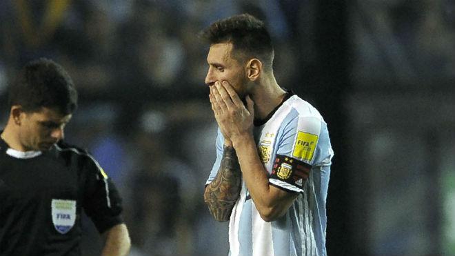 """Argentina – Messi dễ lỡ World Cup: """"Bàn tay ma"""" giải cứu như Ronaldo, Henry? - 2"""