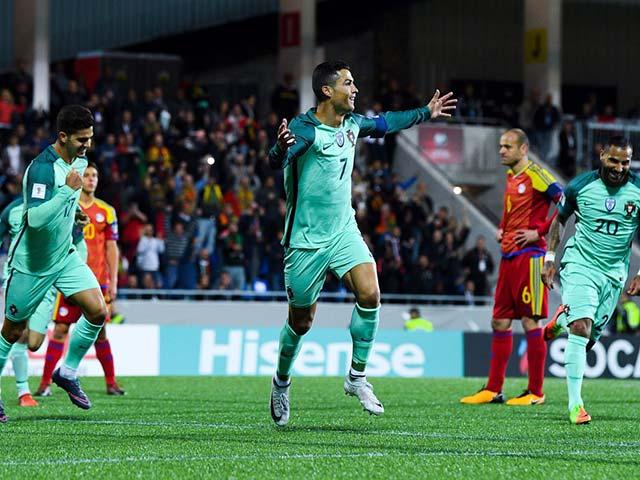 Ronaldo 2 năm ghi gần 1 bàn/trận, thua Messi vẫn xứng 2 bóng Vàng