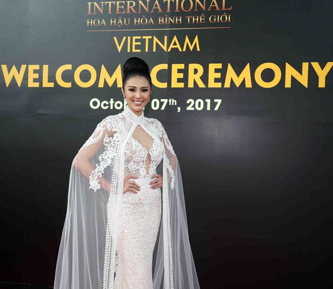 Bất ngờ trước nhan sắc như đàn ông của thí sinh Miss Grand International 2017 - 2
