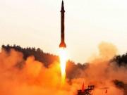 """Thế giới - Loại bom Hàn Quốc khiến Triều Tiên """"chìm trong bóng tối"""""""