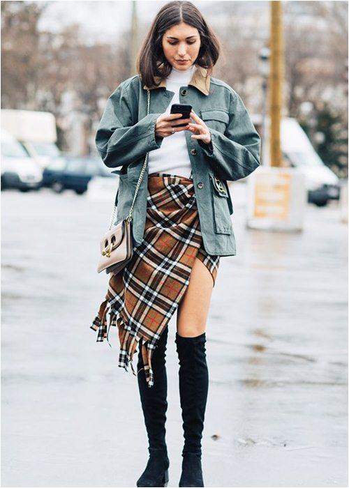 8 cách mặc chuẩn với chiếc váy yêu kiều nhất mùa thu - 2