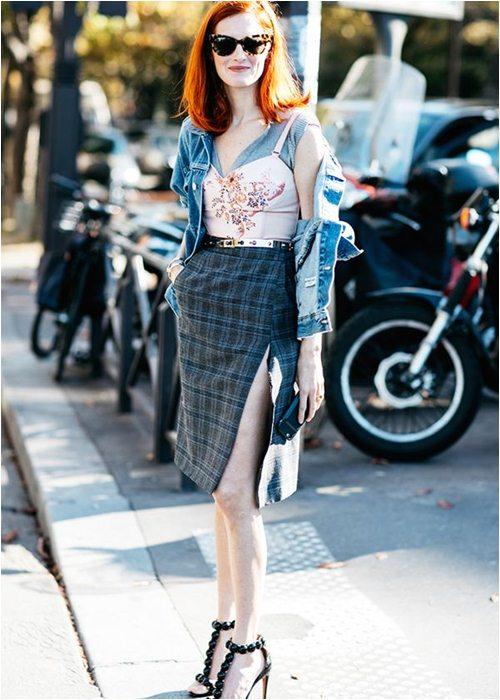 8 cách mặc chuẩn với chiếc váy yêu kiều nhất mùa thu - 5