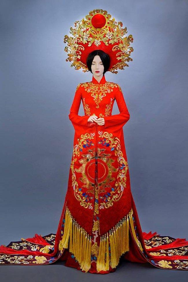 Lộ trang phục dân tộc của Huyền My ở Hoa hậu Hòa bình 2017 - 4