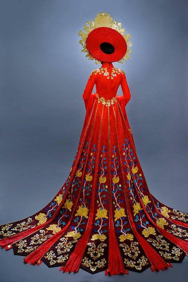 Lộ trang phục dân tộc của Huyền My ở Hoa hậu Hòa bình 2017 - 5