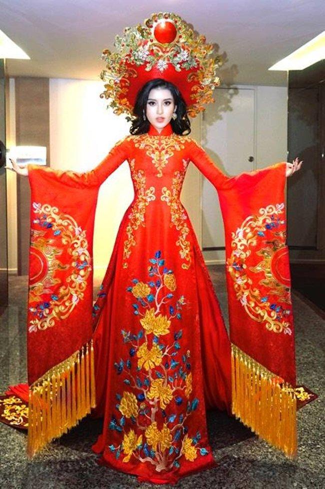Lộ trang phục dân tộc của Huyền My ở Hoa hậu Hòa bình 2017 - 6