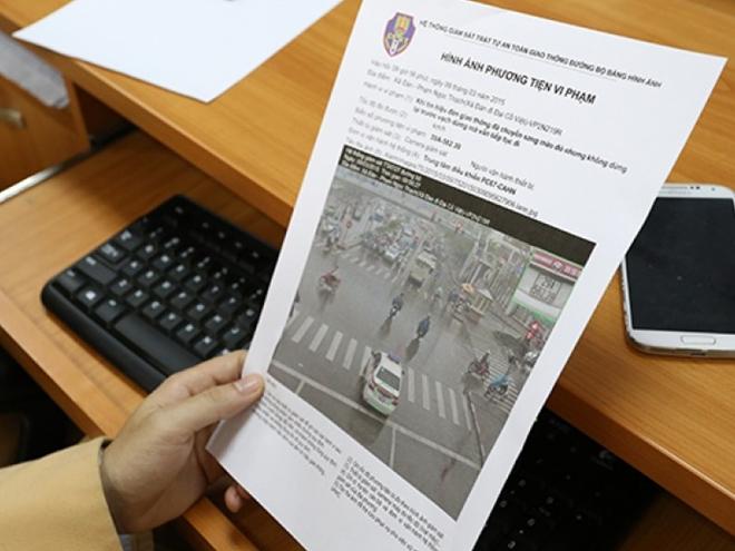"""Xế hộp bị dừng đăng kiểm: Người mượn """"dính"""" phạt nguội, chủ xe có phải nộp phạt? - 2"""