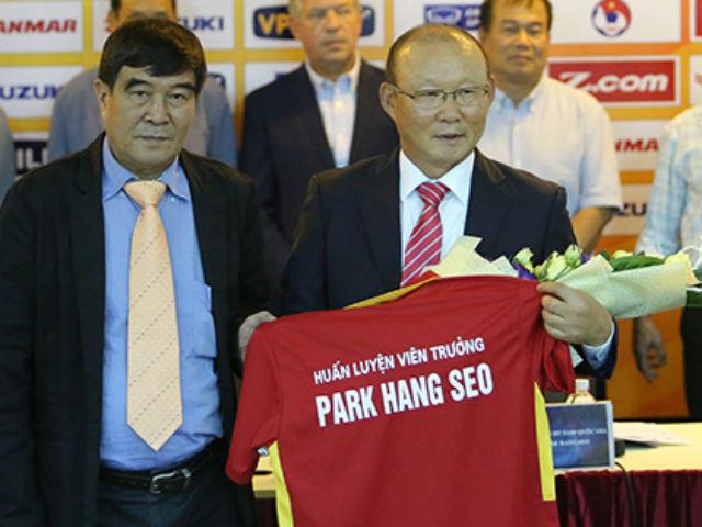 HLV Park Hang Seo cấm tuyển thủ Việt Nam đưa vợ, bạn gái vào phòng