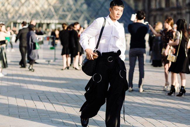 Người bỏ nửa tỷ không có vé Chanel show, sao chàng trai Việt này lại được mời? - 6