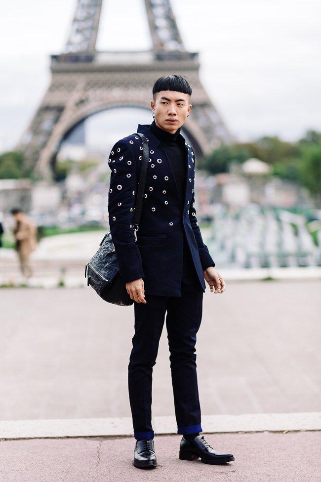 Người bỏ nửa tỷ không có vé Chanel show, sao chàng trai Việt này lại được mời? - 2