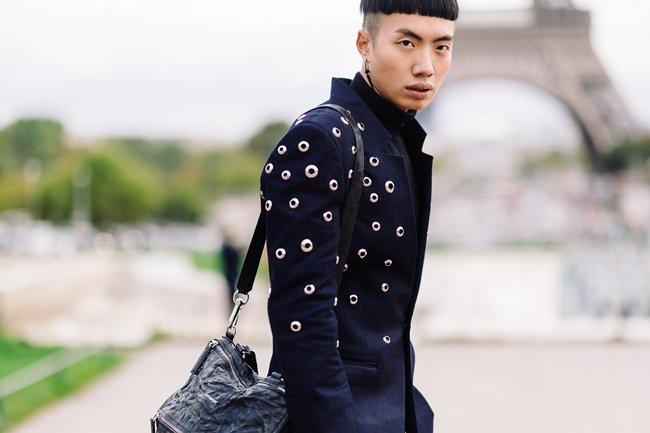 Người bỏ nửa tỷ không có vé Chanel show, sao chàng trai Việt này lại được mời? - 3